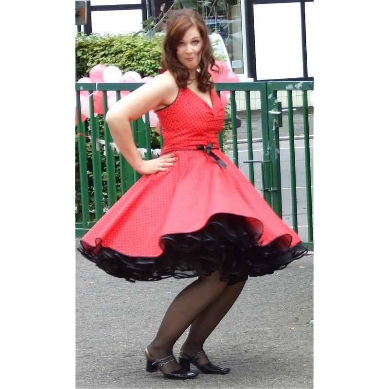 punkte petticoat kleid 2 rot kleine schwarze tupfen tanzkleid der 5. Black Bedroom Furniture Sets. Home Design Ideas