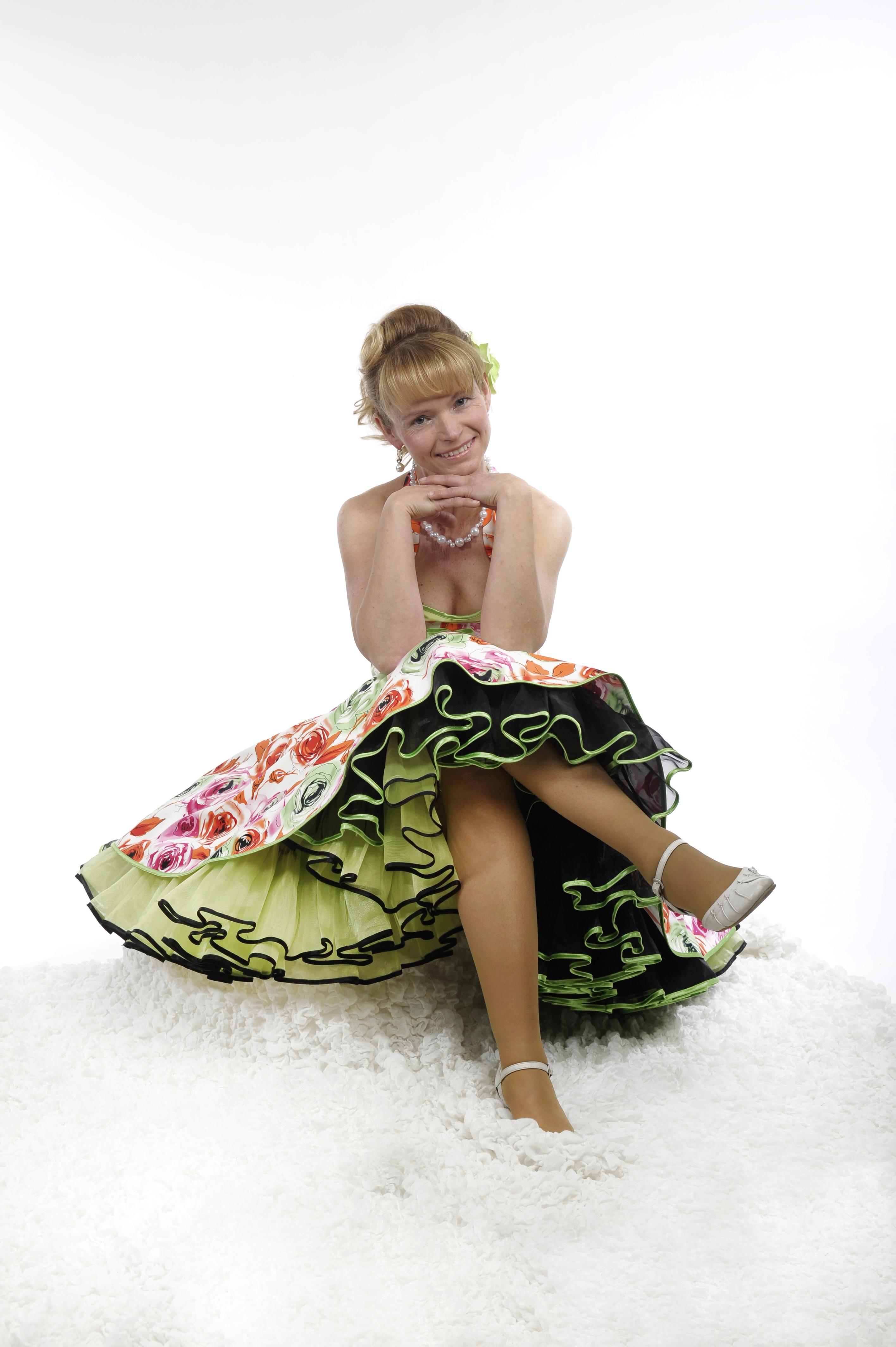 petticoat-kleider und tanzröcke bei tanzkleid der 50er !